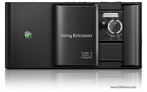Sony-Ericsson Satio - courtesy of GSMArena.com