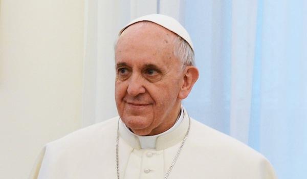 ככה משיגים עוקבים בטוויטר. האפיפיור. מקור: ויקימדיה