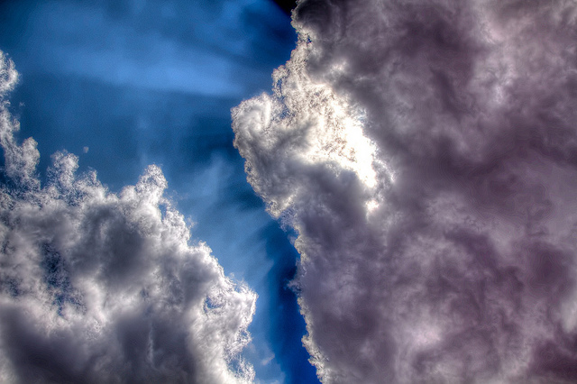 תמונה: cloud, flickr, cc-by, PhotoAtelier