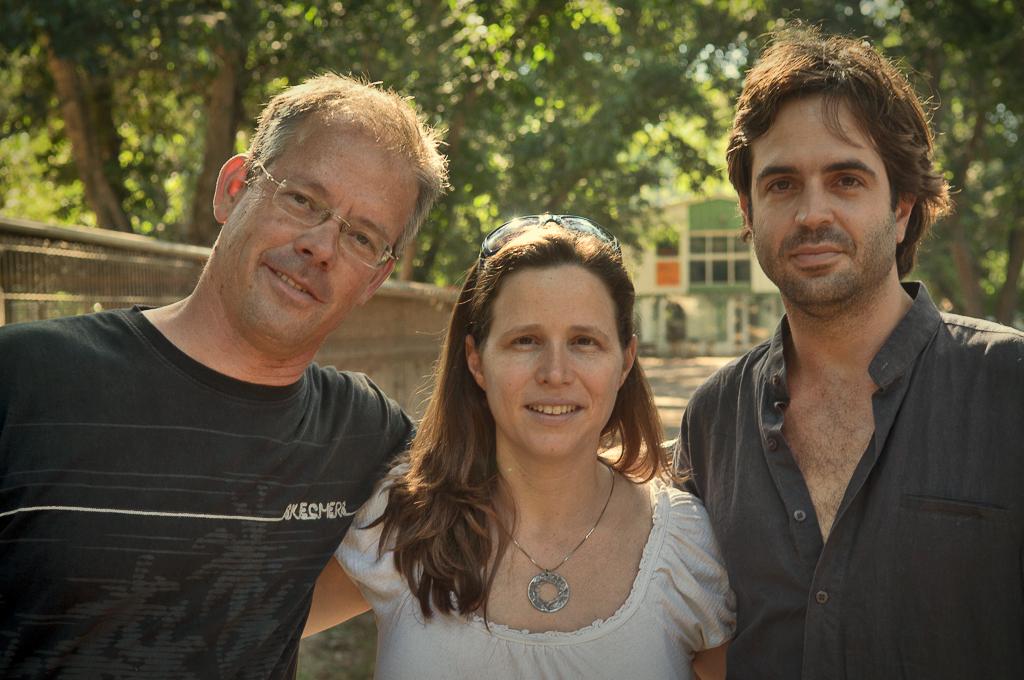 צוות ConferPlace, מימין לשמאל: אורן אלמוג,  הילה מנור, רונן רוזנבלט. מקור: יח״צ