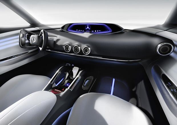 תא הטייס, כלומר, הנהג. מקור: Mercedes-Benz