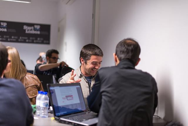 תמונה: startup, flickr cc-by Heisenberg Media