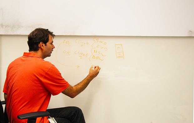 זיו האמר עושה לנו קצת סדר בתהליך של תכנון וייצור מעבד. מקור: גיקטיים