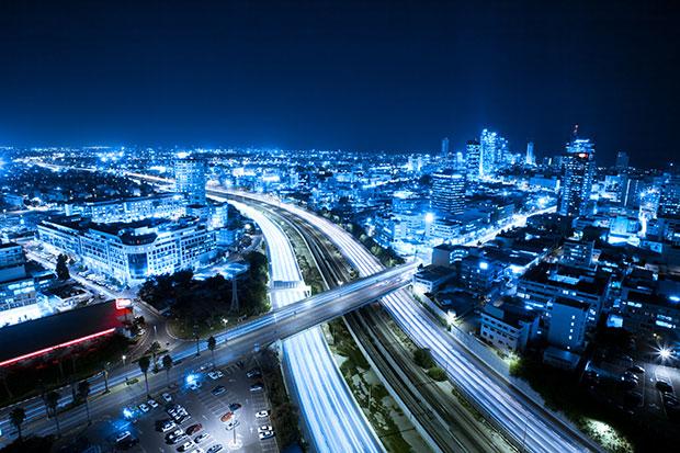 Tel-Aviv / Shutterstock