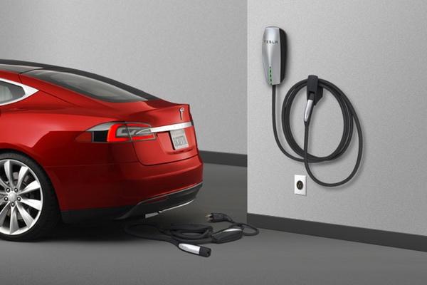 מקור: Tesla.com