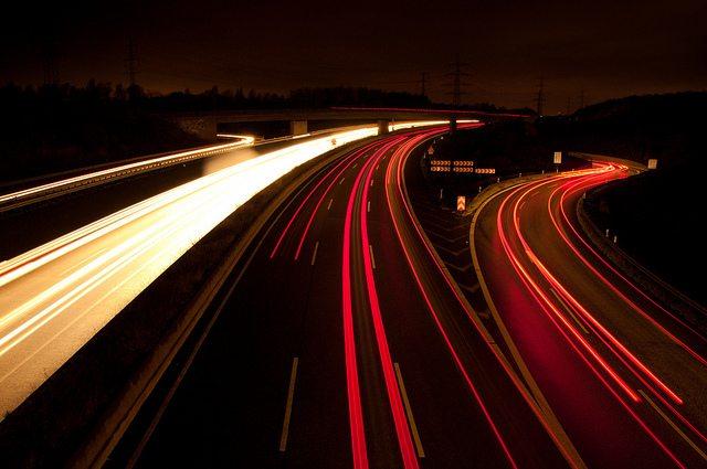 מהיר, אבל מה עם ה-Upload? מקור: cc-by-Lieven Van Melckebeke, flickr