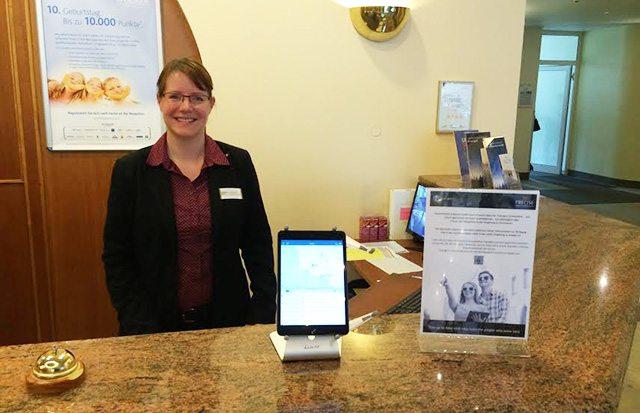 מלונות בגרמניה כבר מעודדים את האורחים להשתמש באפליקציה. מקור: TripLights