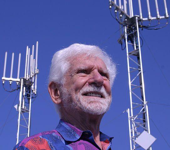 אבי הסלולר. גם הוא בטועים. מקור: cc-by-GS200, wikimedia