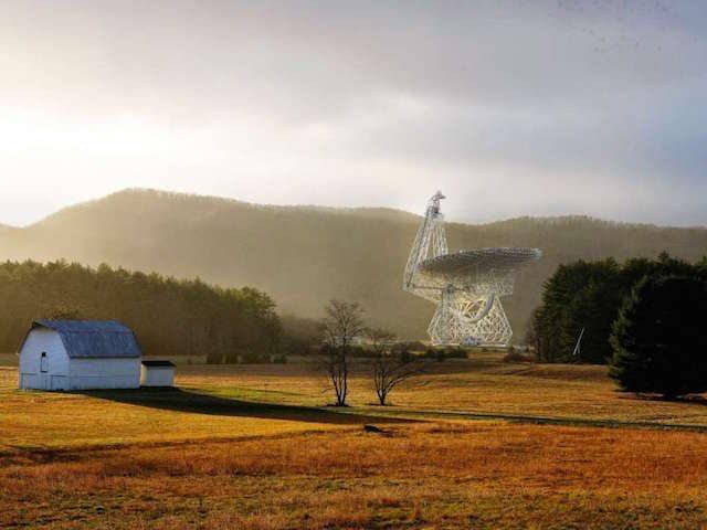 טלסקופ גרין באנק כל כך רגיש, שאפילו גדר חשמלית עם בידוד באיכות ירודה יכול לשבש את הקריאות שלה. צילום: מדע פופולארי