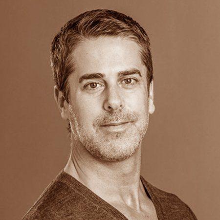 קירט מקמאסטר, מנכ״ל סינוג׳ן