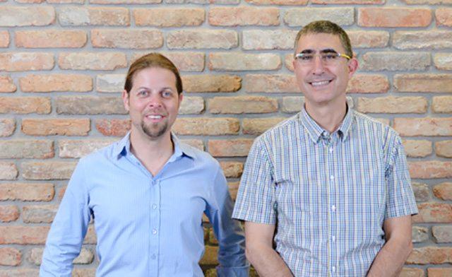 מימין לשמאל: שלמה טובול ועפר ישראלי. צילום: אביב פרסבורגר