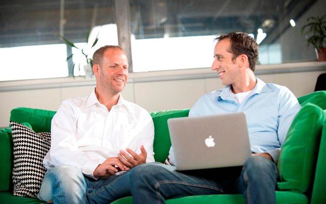 """(מימין לשמאל): תומר לוי (מנכ""""ל) ואסף יגאל (VP Product)."""