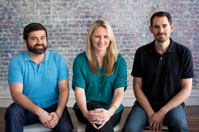 סלבה רובין (שמאלי) ושני המייסדים. קרדיט: Indiegogo