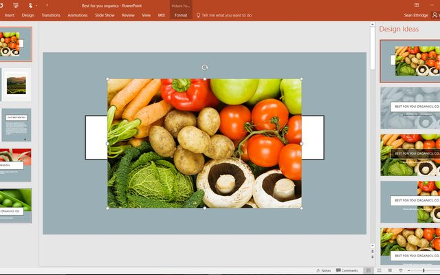 הכניסו תמונה, ומיד תקבלו הצעות עיצוב רלוונטיות. מקור: Microsoft