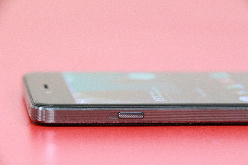 כפתור מצב ההתראות המצוין של OnePlus. צילום: גיקטיים