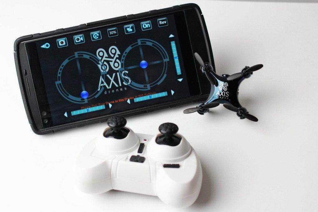 קטן יותר מבקר השליטה שלו או הסמארטפון שלכם. מקור: Axis