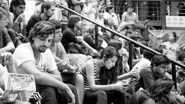 תמונה: students , flickr cc-by Francisco Osorio