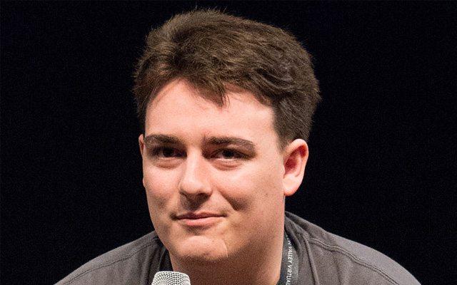 """לאקי פאלמר, מייסד ומנכ""""ל Oculus"""