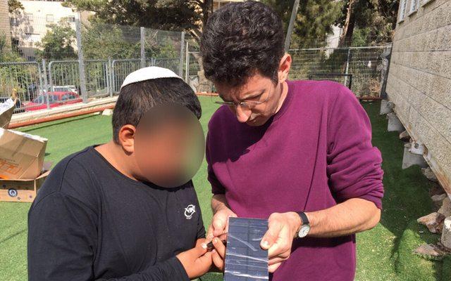 במסגרת שיעור ׳מטענים סולאריים׳ - כל תלמיד בנה מטען. מקור: מייקרז