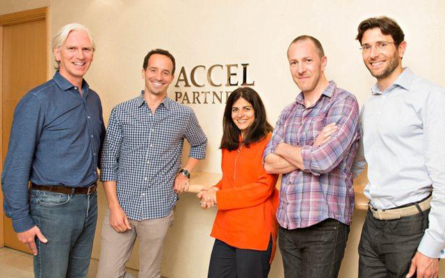 תמונה קבוצתית. מימין לשמאל: פיליפ בוטרי, פרד דסטין, סונאלי דה ריקר, ניר בלומברגר והרי נליס