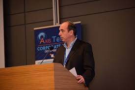 """אד פרנק, מנכ""""ל Axis Innovation"""